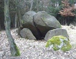 Großsteingräber und Megalithen